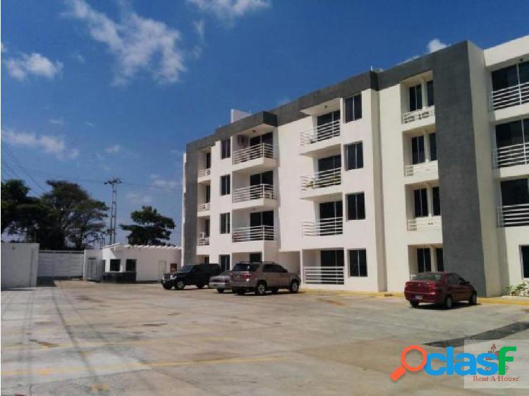 Cómodo y amplio apartamento en venta en cabudare