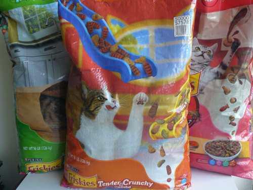 Alimento para gatos friskies