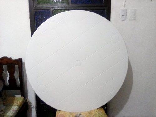 Mesa redonda plástica