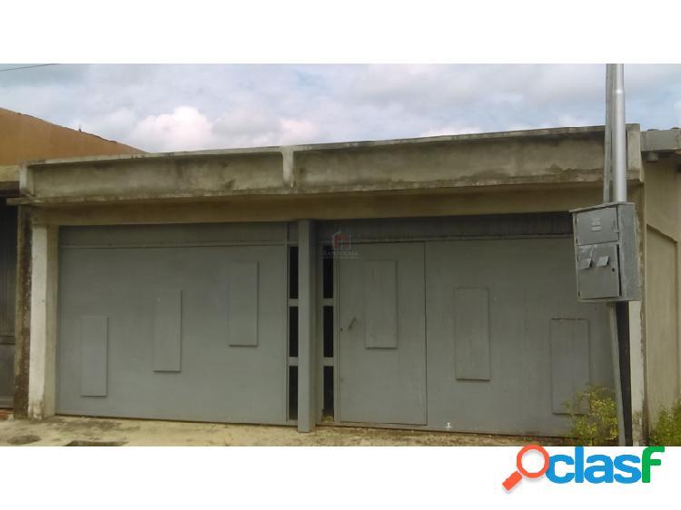 Casa en construcción de oportunidad en zona residencial de el vigía estado mérida