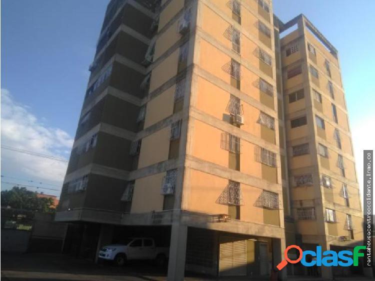 Sales/venta de apartamento en btopquiacatedral,