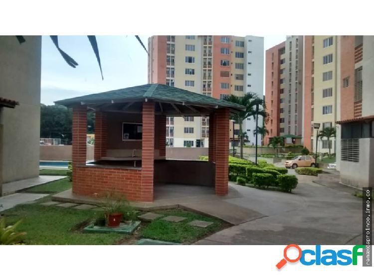 Vendo apartamento en conj resd doral country