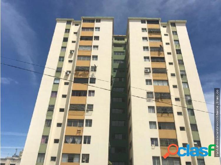 Sales/venta de apartamento en btopquiacatedral, la