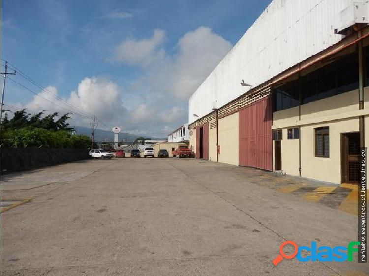Alquiler de galpon en zona industrial, lara
