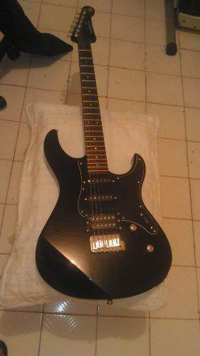 Guitarra electrica yamaha pac112vcx limited edition