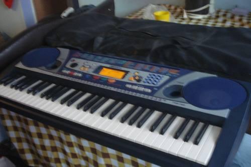Teclado yamaha prs-260, teclado, midi y sintetizador