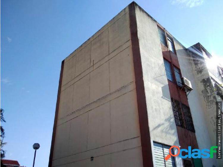 Apartamento en venta parroquia cabudare 19-14361