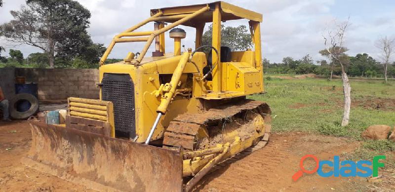 Caterpillar D4 E modelo 34 C
