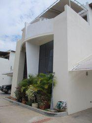 Townhouse en venta maracaibo av.milagro norte remaxmillenium