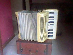 acordeon bajos segunda mano  Caracas (Distrito Capital)