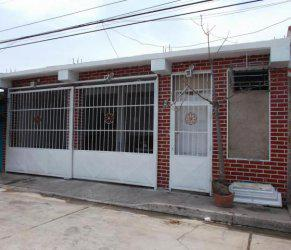 Venta de Casa Las delicias maracay Cdgflex: 15