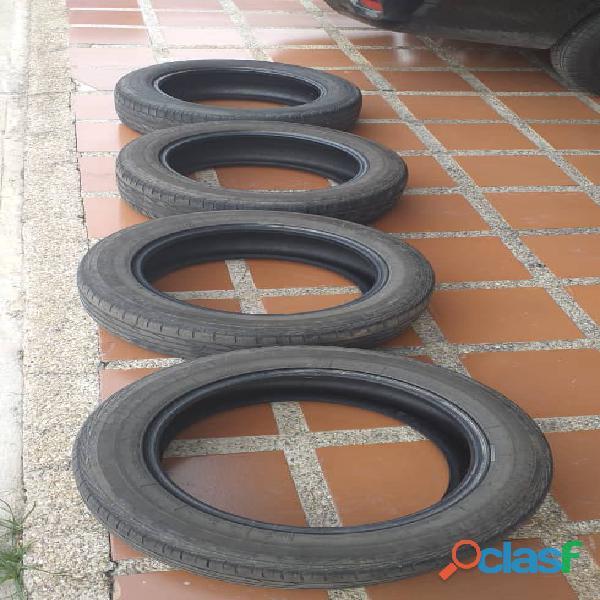 VENDO 04 CAUCHOS CON 60% DE VIDA 205/55/R16 5