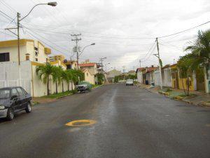 Casita. com. ve vende terreno en urbanizacion los mangos