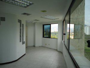 Oficina torre movilnet alquiler