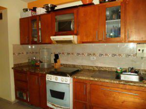 Rah jose parra vende apartamento en naguanagua cod#13