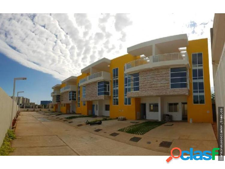 Vendo townhouse punta norte mls 19-16182 hjgr
