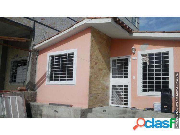 Venta de casa en hacienda yucatan, lara