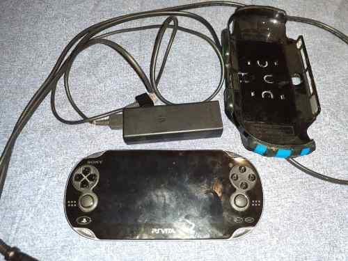 Ps vita pch 1001 con un juego y cargador