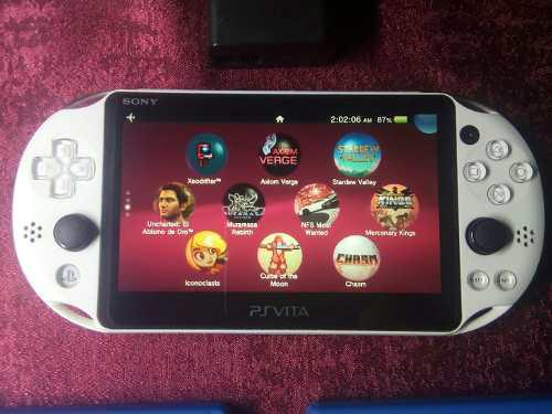 Ps vita slim blanco 8 gb juegos originales chip cfw henkaku
