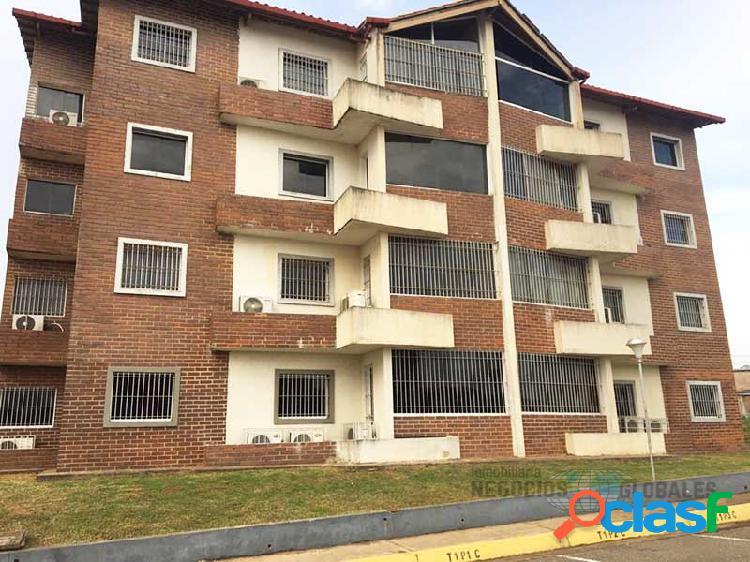 Apartamento en el conjunto residencial terrazas del aluminio, pb.