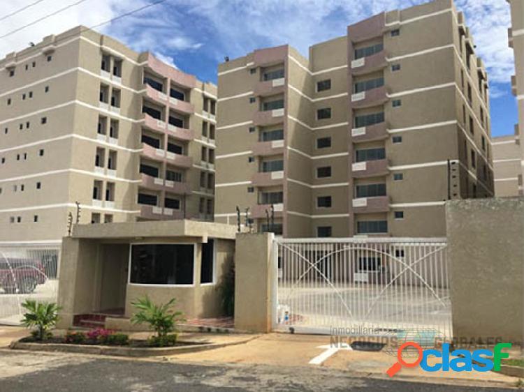Apartamento en residencias las calas suites, piso 1.