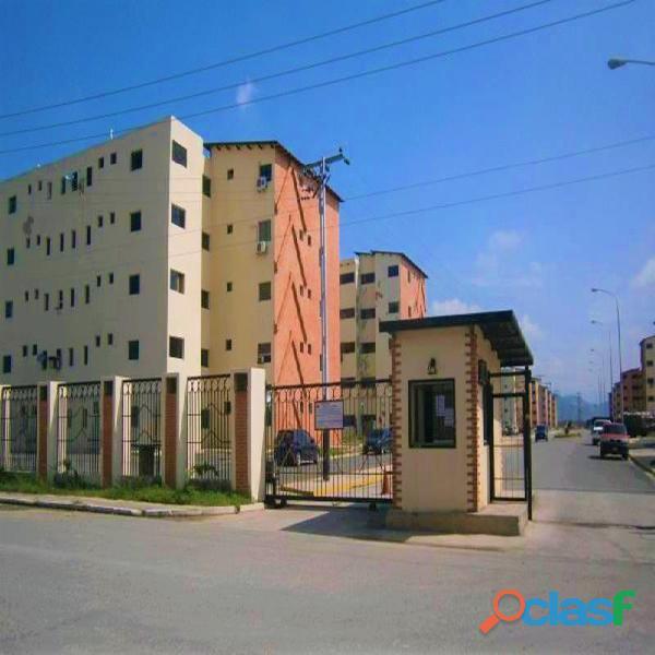 Apartamento en Alquiler en Los Guayos