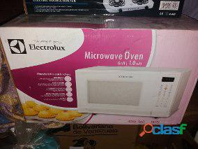 Horno microondas electrolux puerta de espejo 1.0 cuft