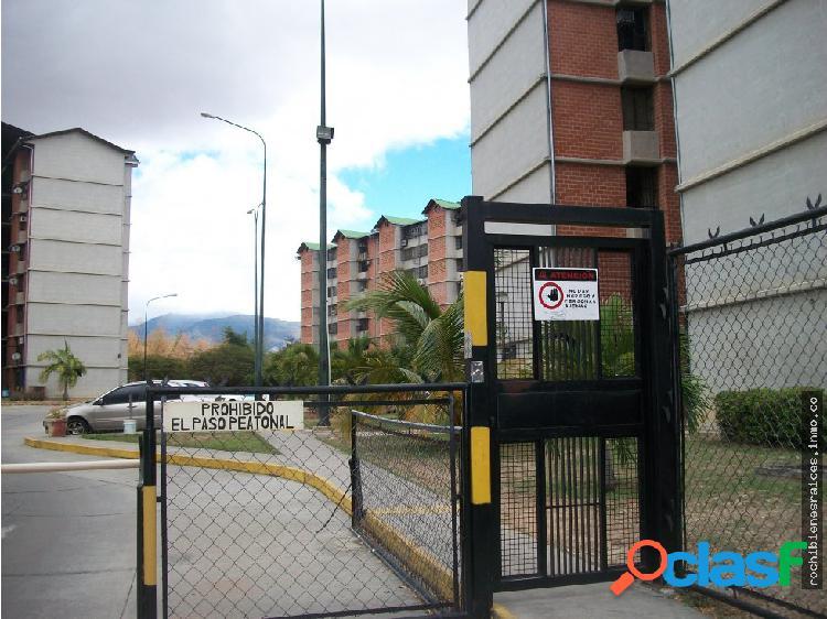 Apartamento urbanización nueva casarapa