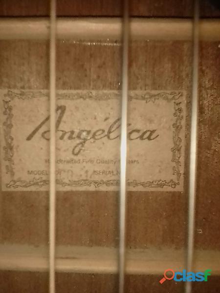 guitarra clásica marca Angélica 1