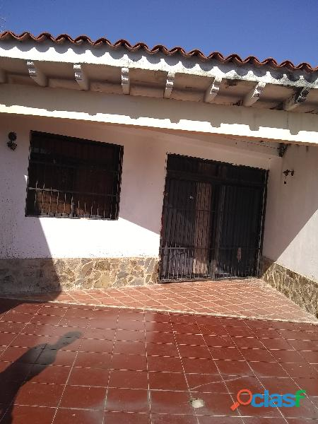 Town House Tacarigua
