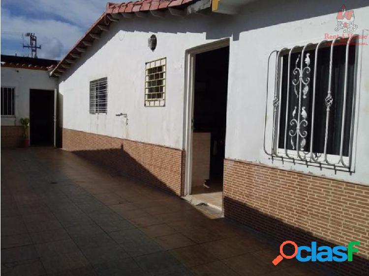 Casa En Venta En Turmero Código:19-17050 LSA