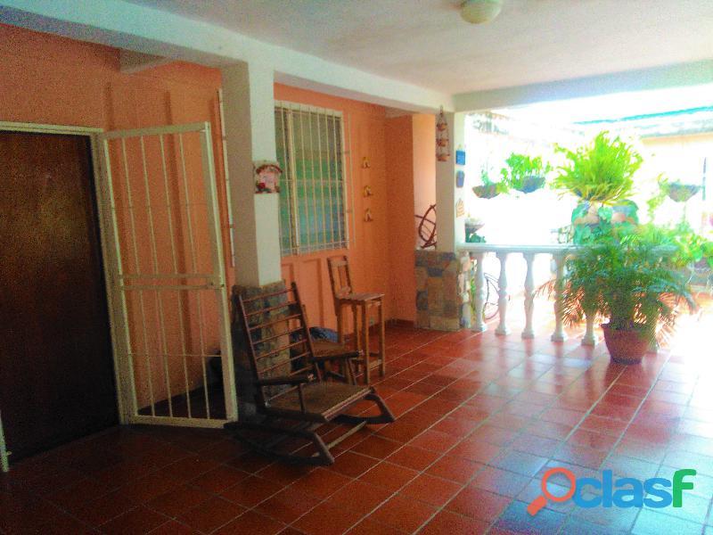 Casa en Fundacion Valencia, Flor Amarillo 1