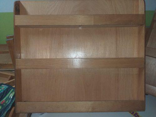 Revistero o librero de madera