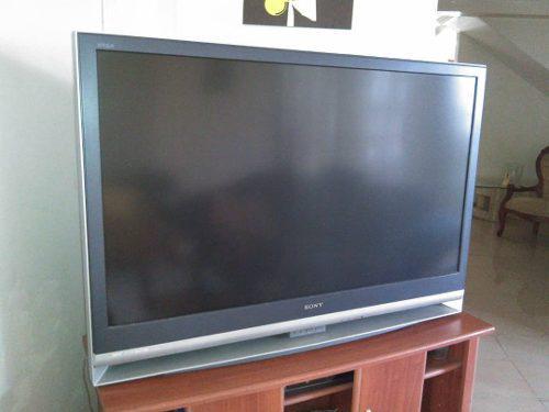 Televisor de proyeccion lcd sony 43x24 pulg r50