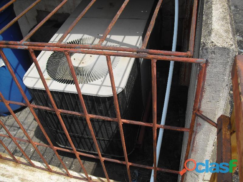 Vendo 2 aires centrales en perfectas condiciones de 3ton y 4 ton usados en perfecto estado