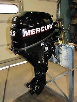 Motor fuera de borda mercury de 9.9 hp