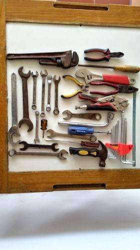 Juego de llaves y herramientas para vehiculo o el hogar