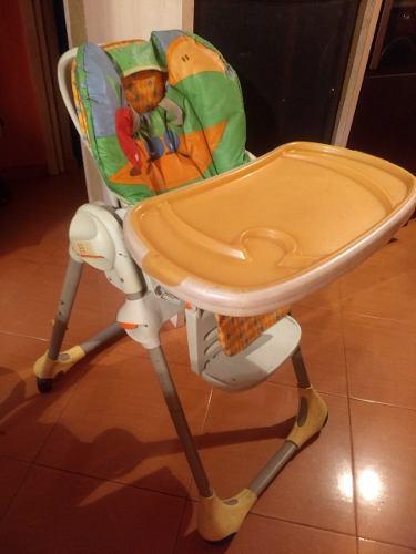 Mesa para comer de bebe usada