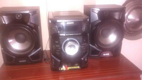 Vendo equipo de sonido sony genezi ex88