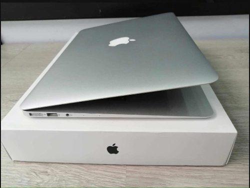 Vendo macbook air 13.3 año 2017 i5