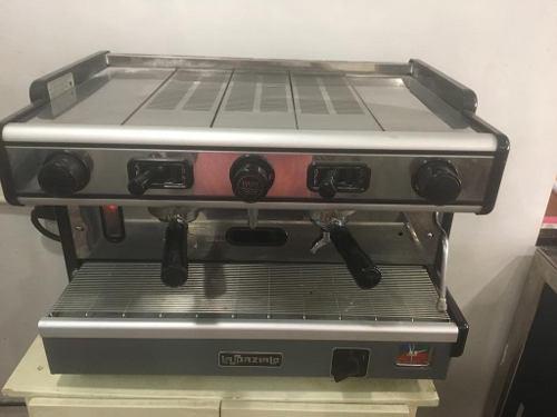 Cafetera industrial con filtro [lista para su uso]