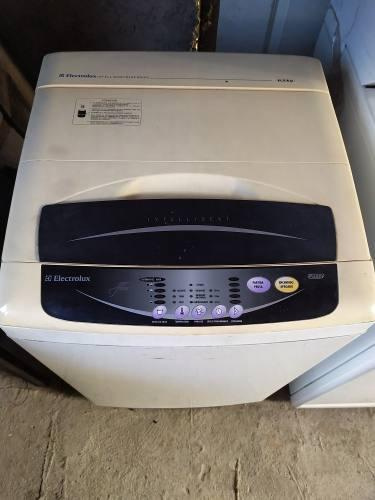 Lavadora electrolux automática de 6,5 kilos