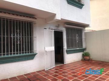 Casa en venta en Trigal norte, Valencia, Carabobo, Enmetros2, 19 03020, asb 15