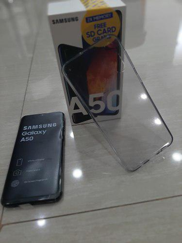 Samsung A50 De 64 Gb Con Forro Incluido