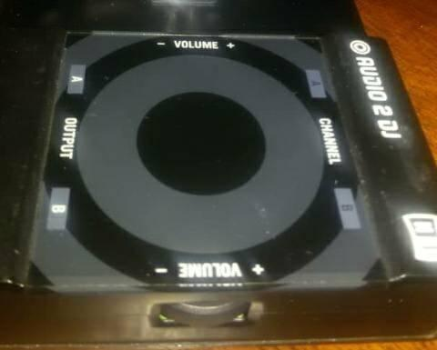 Traktor audio 2 dj