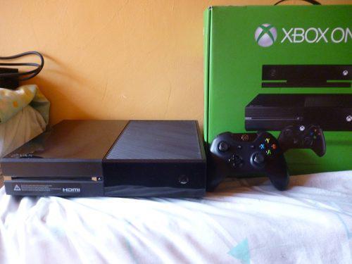 Se vende xbox one con varios juegos negociable