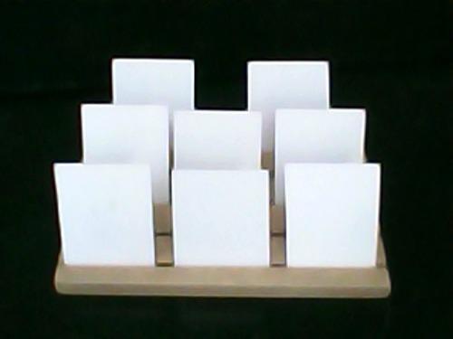 Tablas exhibidoras de zarcillos fabricadas en mdf.
