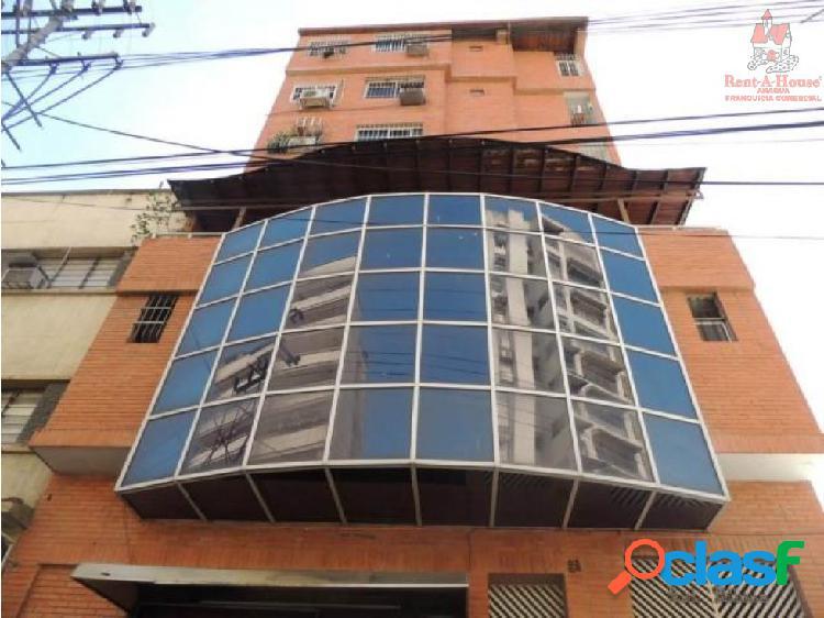 Apartamento centro de maracay código 19-14719 dyfc