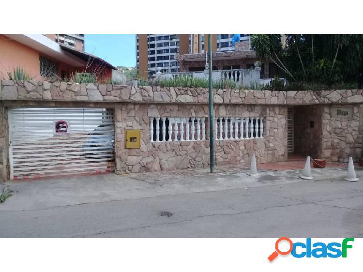 Caracas casa urb las fuentes el paraiso