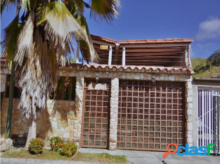 Casa urbanizacion country villa guatire
